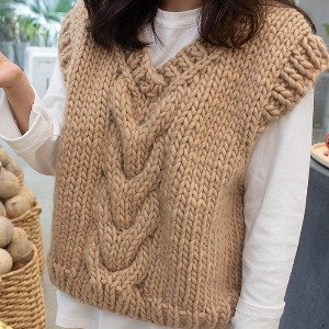 V-neck cable vest kit